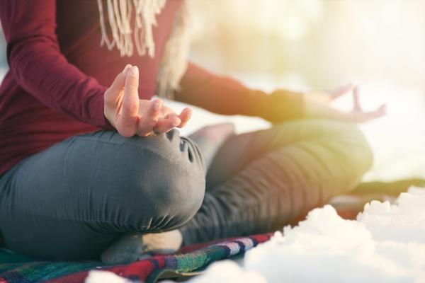winter yoga